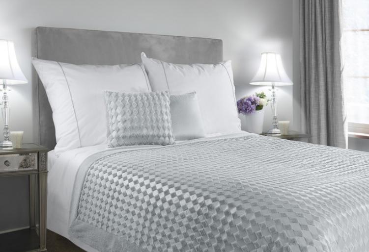Luxusný prehoz INGRID 200x220 cm (prehoz na posteľ)