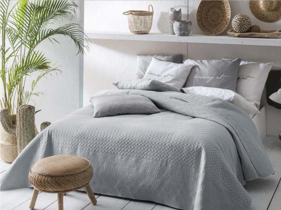 Prehoz na posteľ BUENO Grey 220x240 cm (prehoz na posteľ)